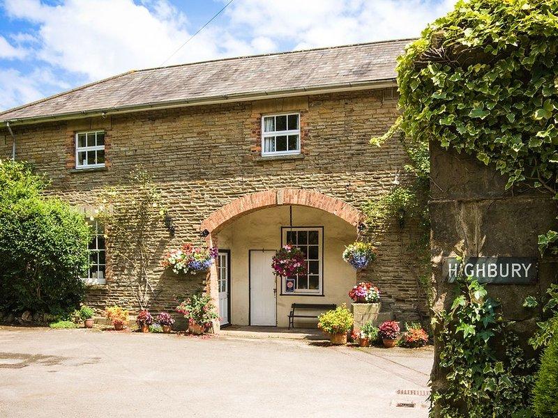 Tack Room, LYDNEY, vacation rental in Oldbury-on-Severn