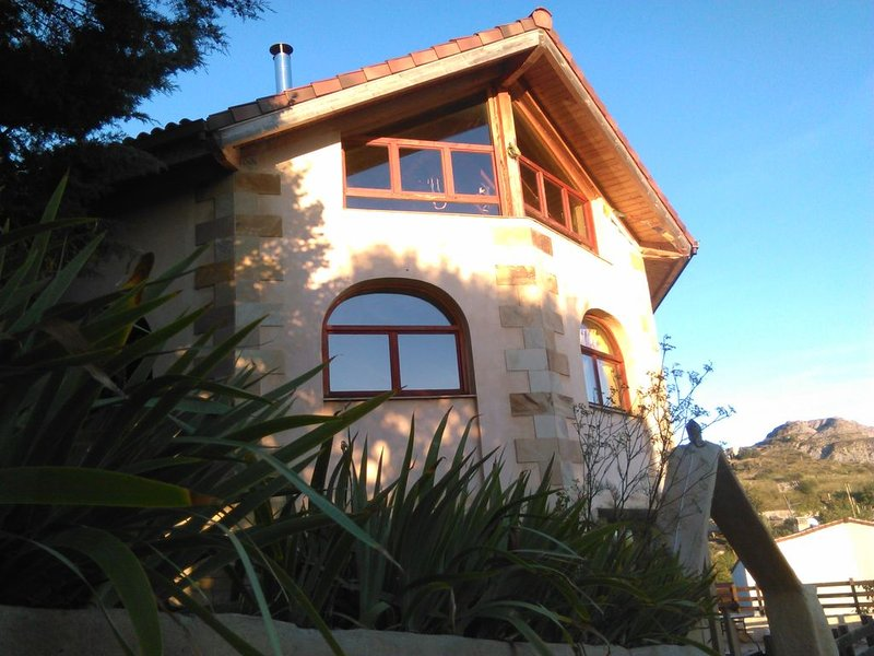 La casa el Hogar del Sol, vacation rental in Esteribar