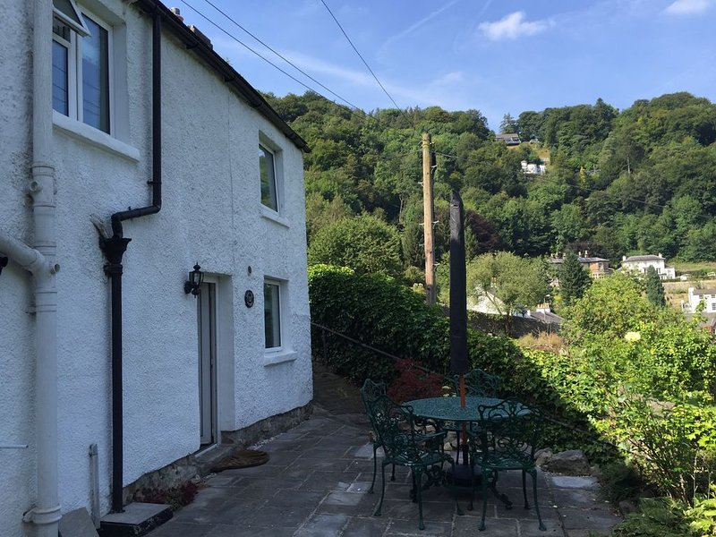 Converted lead miners cottage overlooking Matlock Bath, holiday rental in Bonsall