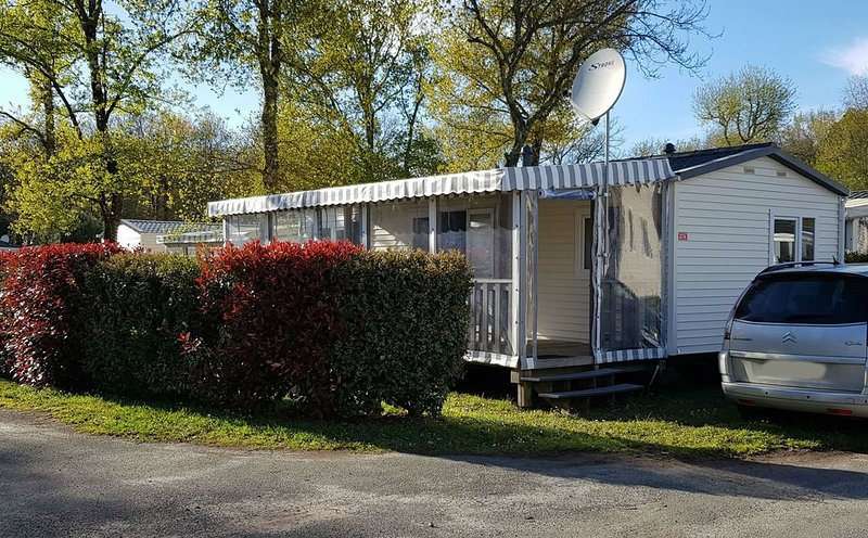 Mobilhome 6/8pers HAUTES PRESTATIONS camping 4* Siblu la Réserve, vacation rental in Gastes