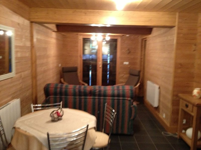 Apartment- Chalet Rose- Luxury NEW, holiday rental in Vacheresse