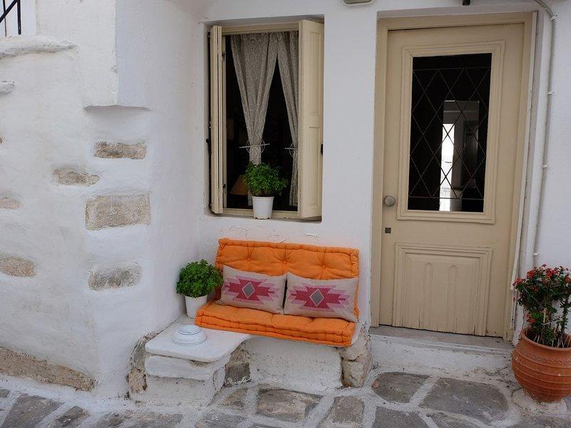 Appartement 70m² - Centre Parikia - 2 chambres indépendantes avec SD, location de vacances à Krotiri