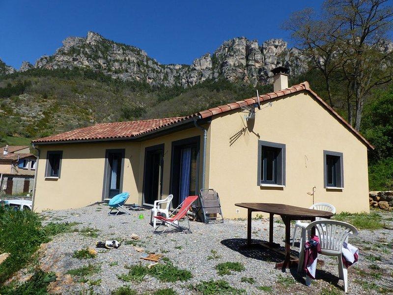 maison dans les gorges du tarn, aluguéis de temporada em La Roque-Sainte-Marguerite