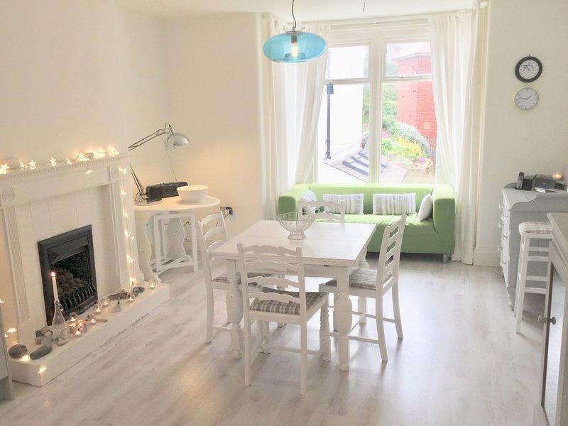 Stunning Sandsend Property, vacation rental in Sandsend