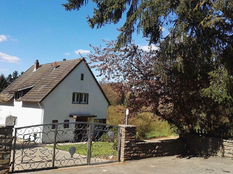 Holiday Home in Filz near River, holiday rental in Uersfeld
