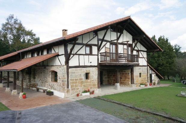 alquiler íntegro de la casa rural, holiday rental in Muxika