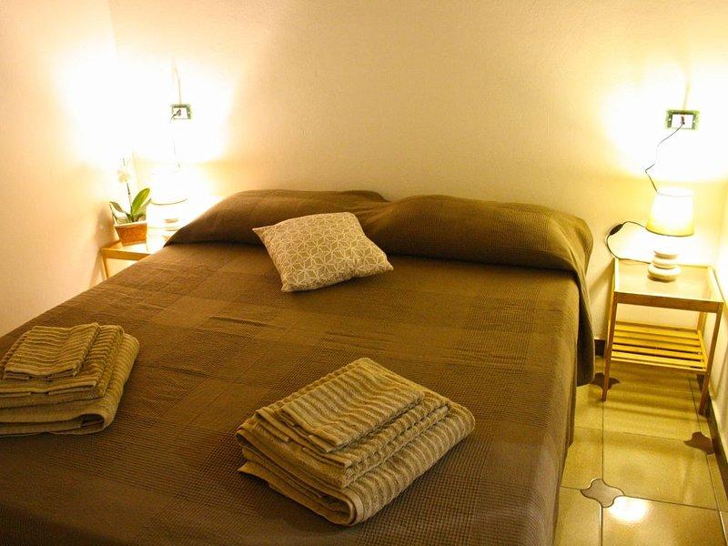 Le Volte di Rosi, caratteristica dimora con volte in tufo a 250mt dalle spiagge, holiday rental in Terrasini