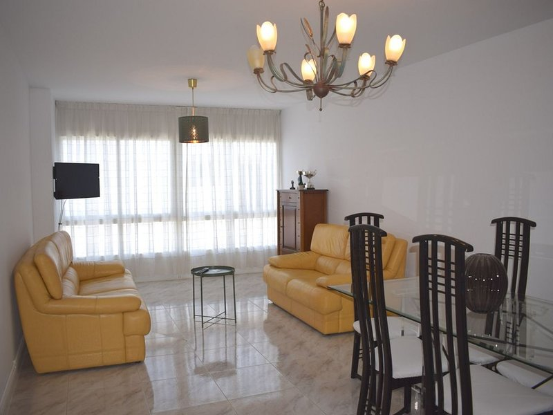 Apartamento Superior La Casa de Manuel, holiday rental in Friol