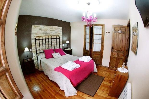 Casa rural (alquiler íntegro) Balconada de la Molinera para 6 personas, location de vacances à Province de Ségovie