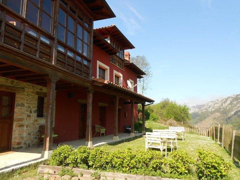 """""""El Interior de Gaia"""" un lugar para perderse., vacation rental in Caravia Municipality"""