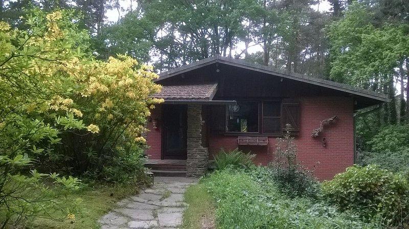 Brechts Boshuisje/Charmante Chalet/Cottage/Unpluggen, holiday rental in Nijlen