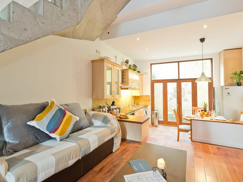 Charming near Guiness, holiday rental in Templeogue