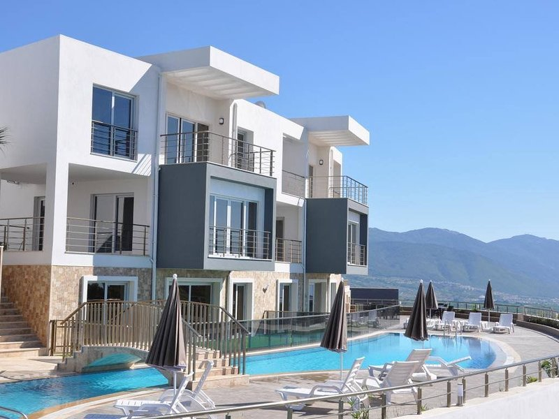 Luxueus appartement ( 5pers.) te huur in Kusadashi, vacation rental in Aydin Province