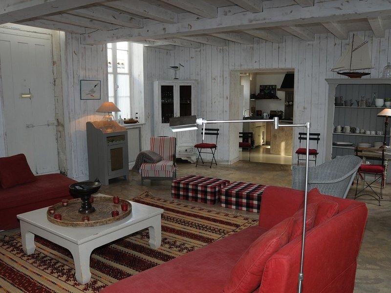 Maison de caractère (-10 % sur la 2 ème  semaine de location), location de vacances à Saint-Martin-de-Ré