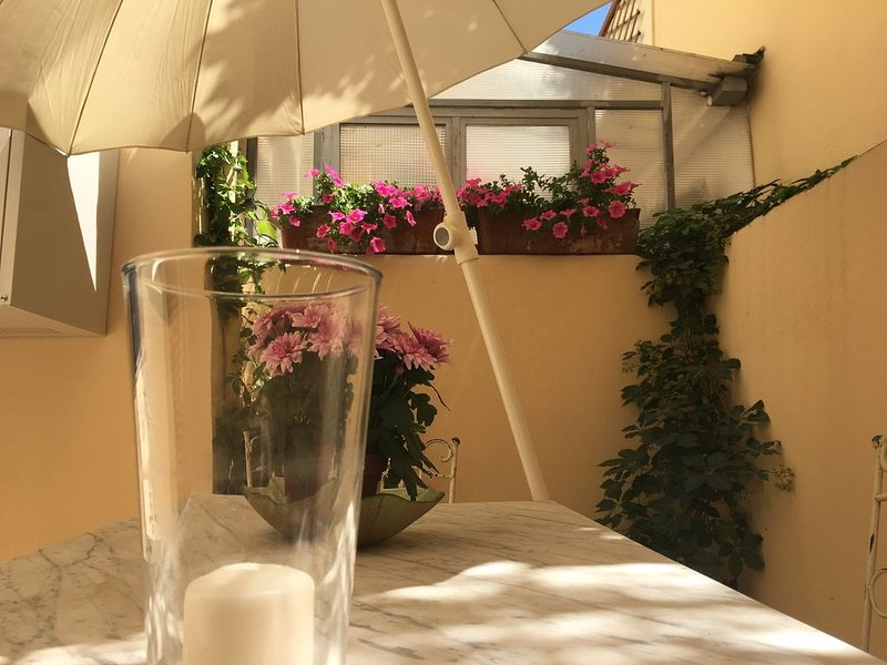 Charmant Casine 26, un garden nel cuore del Rinascimento, holiday rental in San Martino alla Palma