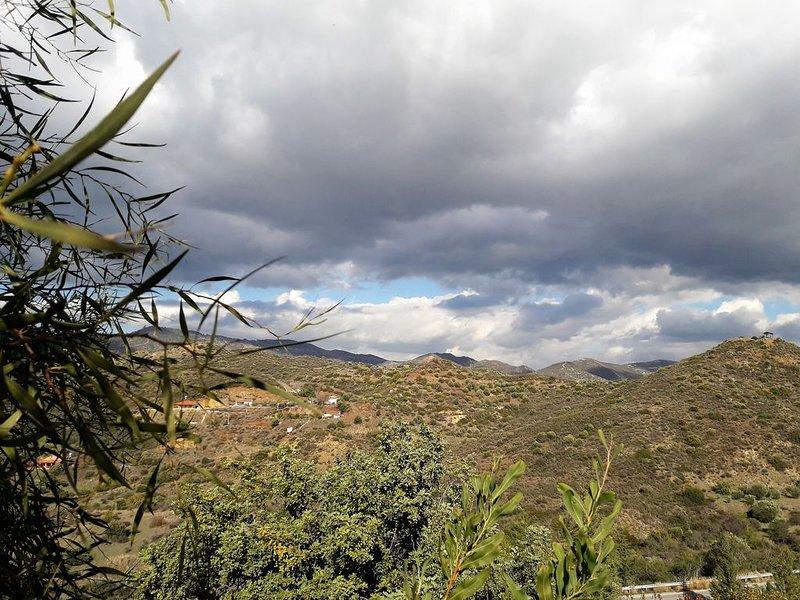 Arodafni Vavla Retreat: A Sustainability & Heritage Project, holiday rental in Lythrodontas