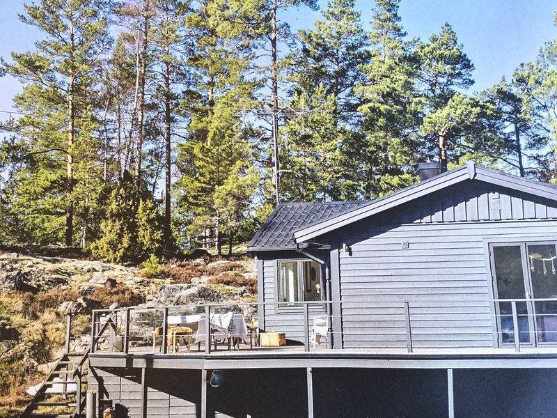 Beautiful house in the Stockholm archipelago just 45 minutes from City, aluguéis de temporada em Varmdo