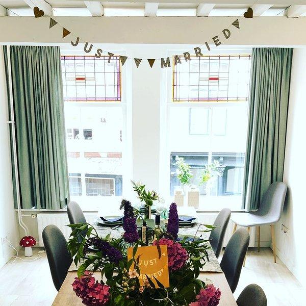 Luxe monumentaal appartement hartje centrum! (6p), holiday rental in Lekkerkerk