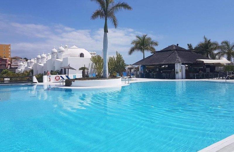 Maravilloso apartamento en lujosos residencial, vacation rental in Playa Paraiso