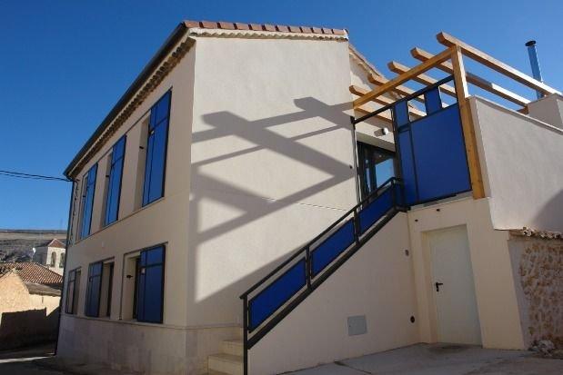 Casa para 6-8 personas con jacuzzi en la Ribera de Duero, holiday rental in San Miguel de Bernuy