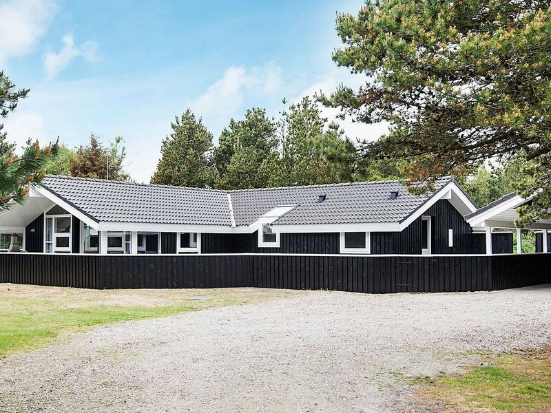 Premium Holiday Home in Blåvand with Sauna – semesterbostad i Blaavand