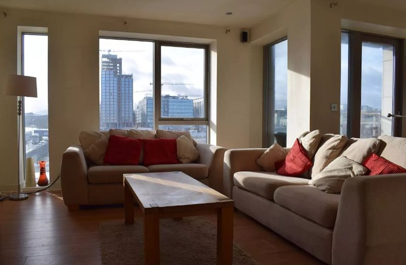 2 Bedroom Flat in Dublin 1, vacation rental in Rush