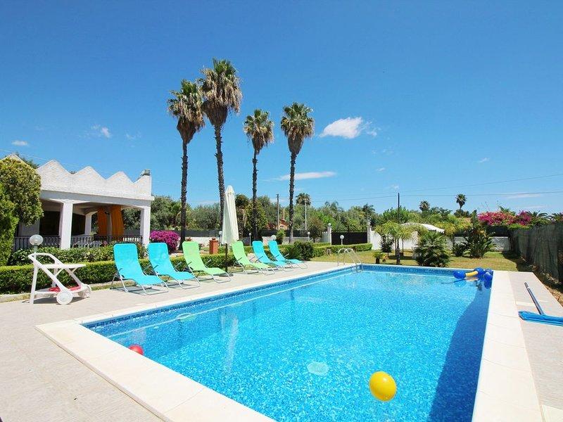 Dimora Tipica con giardino e piscina privata, vacation rental in Belvedere