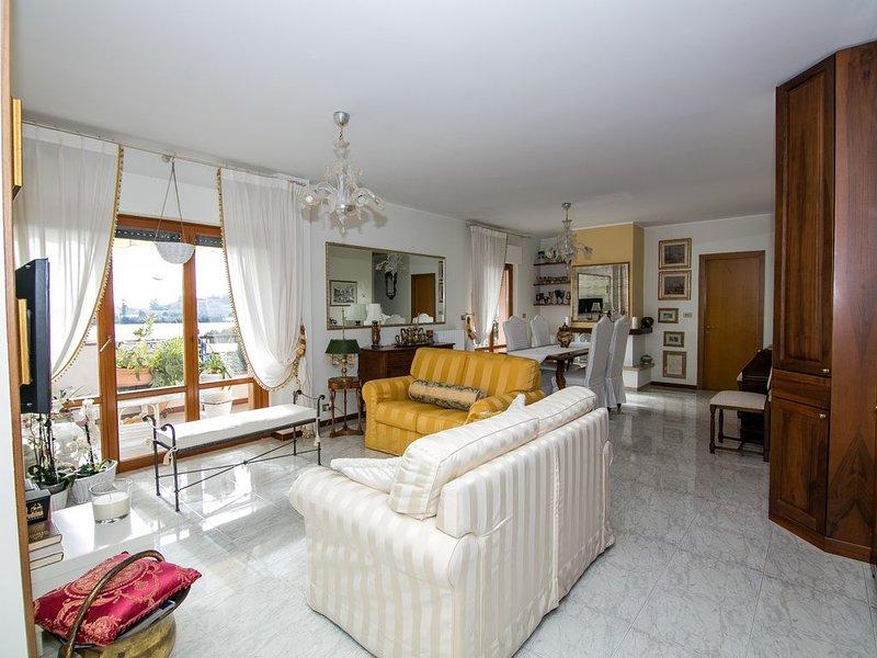 Appartamento al mare - Angelina's House, holiday rental in Grottammare