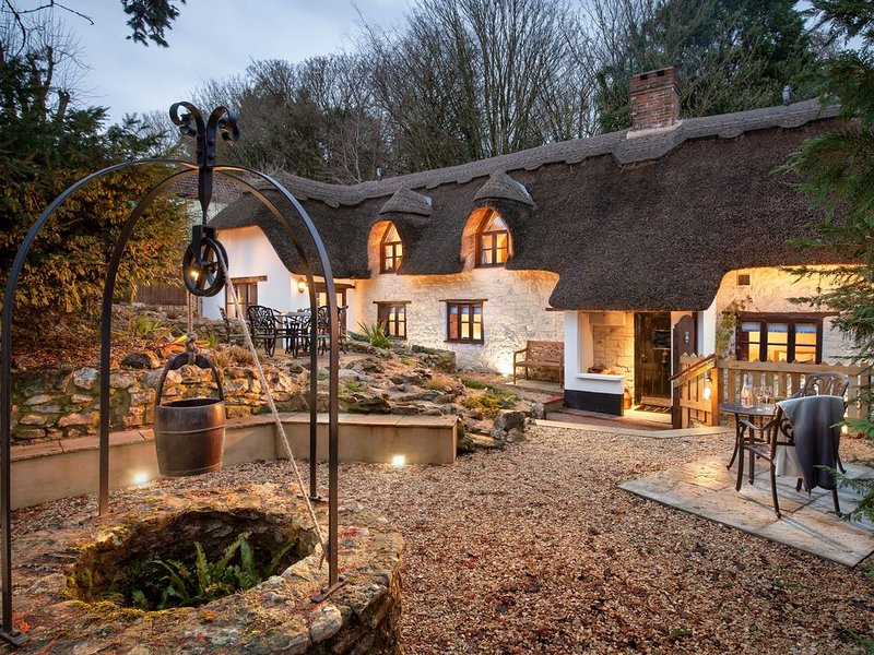 Smithycroft is a beautiful thatched and stone detached cottage., Ferienwohnung in Marsh