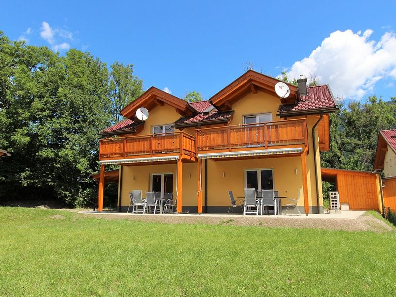 Luxurious Chalet in Kötschach-Mauthen near Ski Area, holiday rental in Kotschach