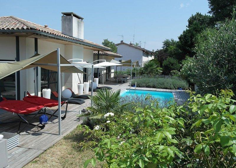 Location de vacances TOULOUSE villa de haut standing, vacation rental in Lagardelle-sur-Leze