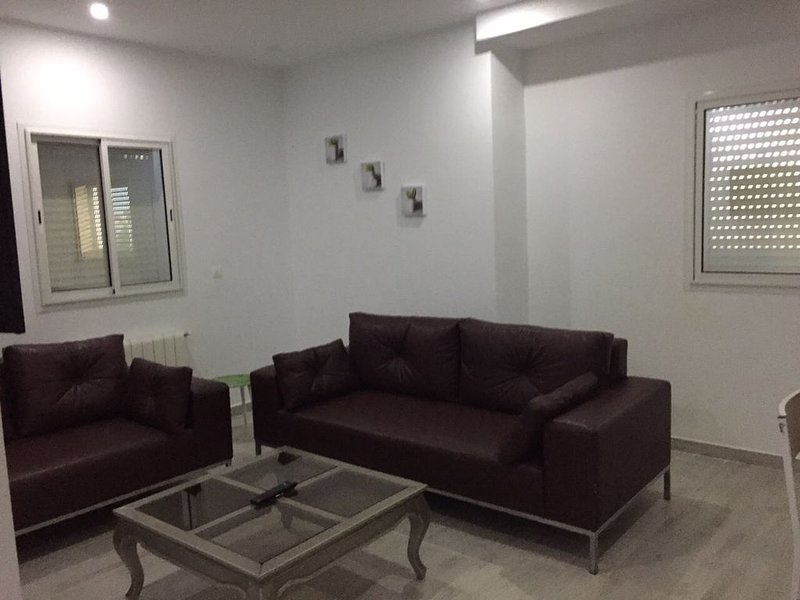 APPARTEMENT KANTAOUI BORD DE MER, vacation rental in Sousse
