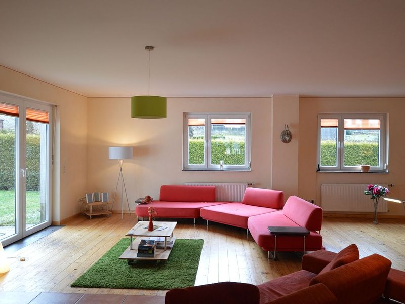 Nifty Holiday Home in Hellenthal with Sauna, holiday rental in Hellenthal