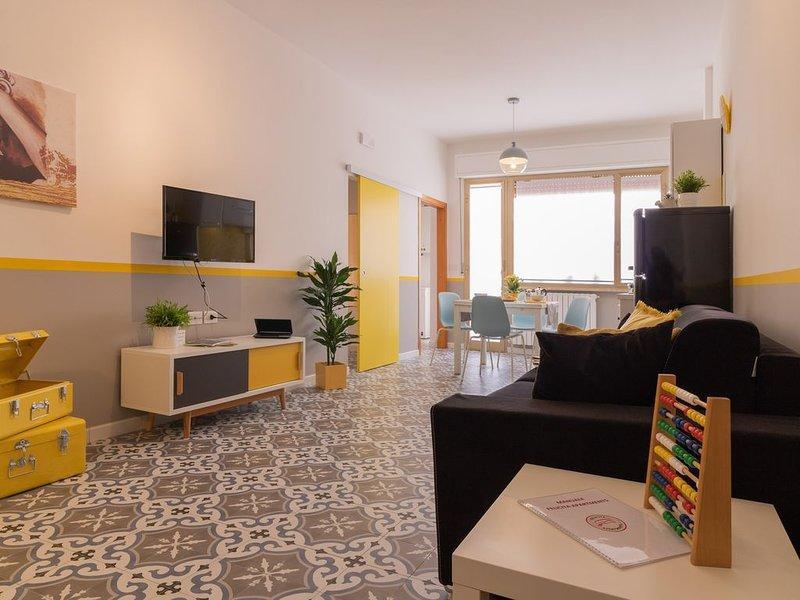 MERAVIGLIOSO APPARTAMENTO A DUE PASSI DAL MARE, vacation rental in Martinsicuro