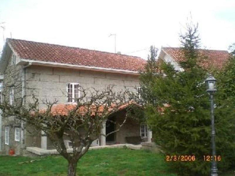 Casa rural entre mar y montaña, casa vacanza a Cuntis