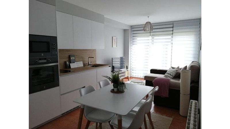 Confortable  Apartamento playa Riasón, con desayuno  y 2 bicis incluidas, vacation rental in Vilanova de Arousa