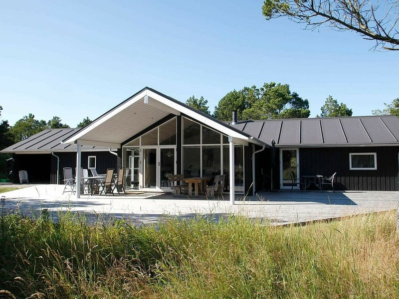 Luxury Holiday Home in Ålbæk with Sauna, alquiler vacacional en Kandestederne