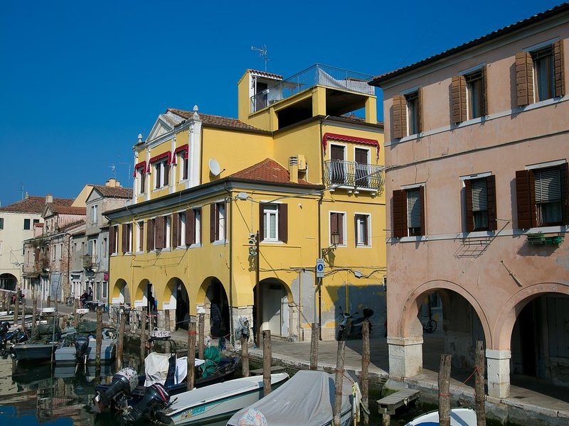 Casa Bastianello, historical center, Max 7 people, vakantiewoning in Chioggia