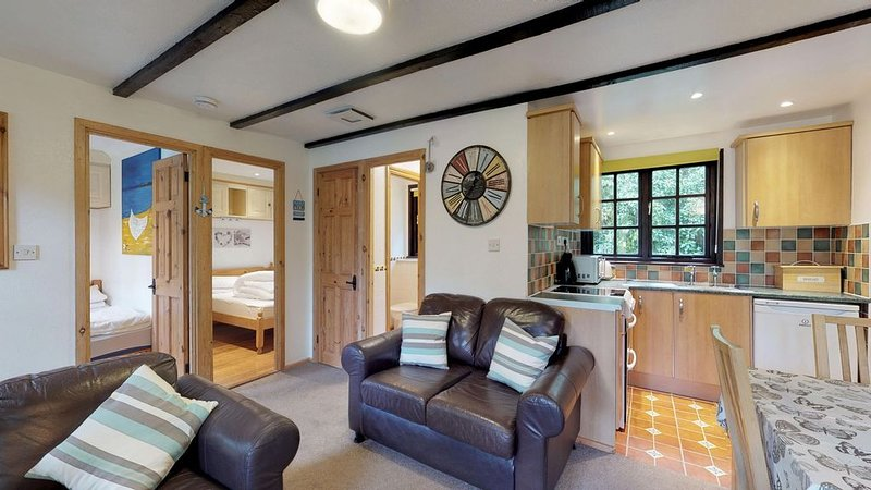 01 Tudor Court, Tolroy Manor, holiday rental in Gwinear