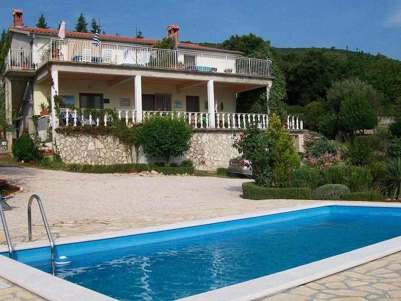 Apartment in Labin with Swimming Pool, Balcony and Garden, holiday rental in Drenje