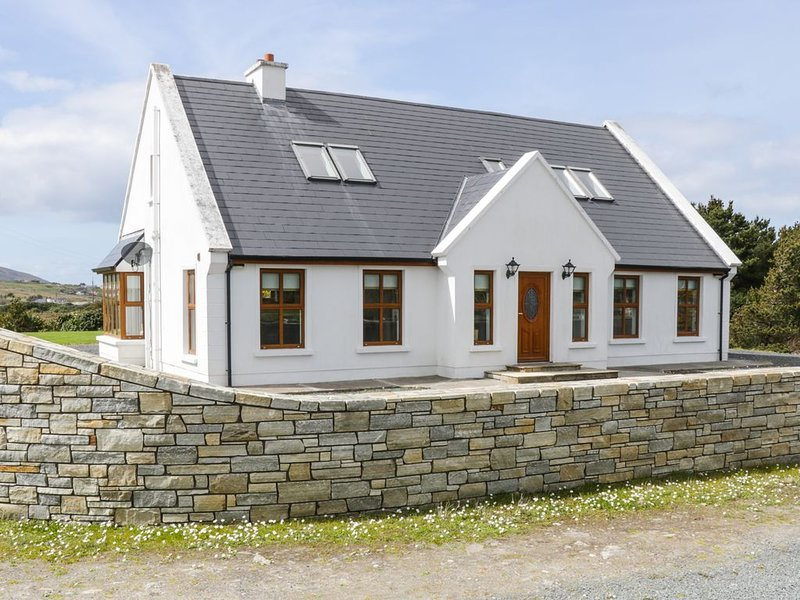 Kevin's House, ACHILL ISLAND, COUNTY MAYO, holiday rental in Bangor Erris