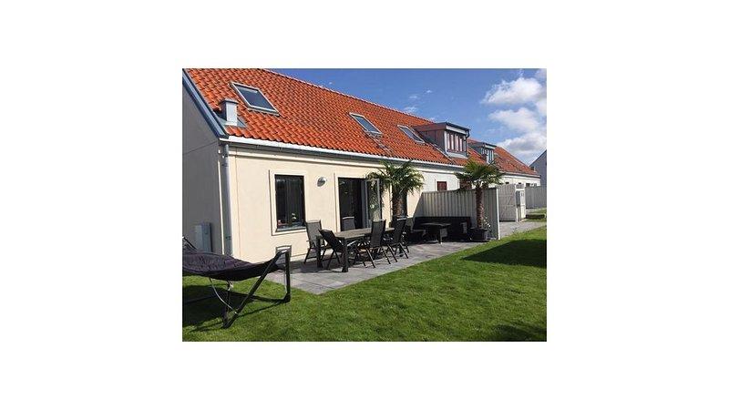 Torekov, unikt boende, närheten av strand, golf, tennis och Båstad, location de vacances à Skåne
