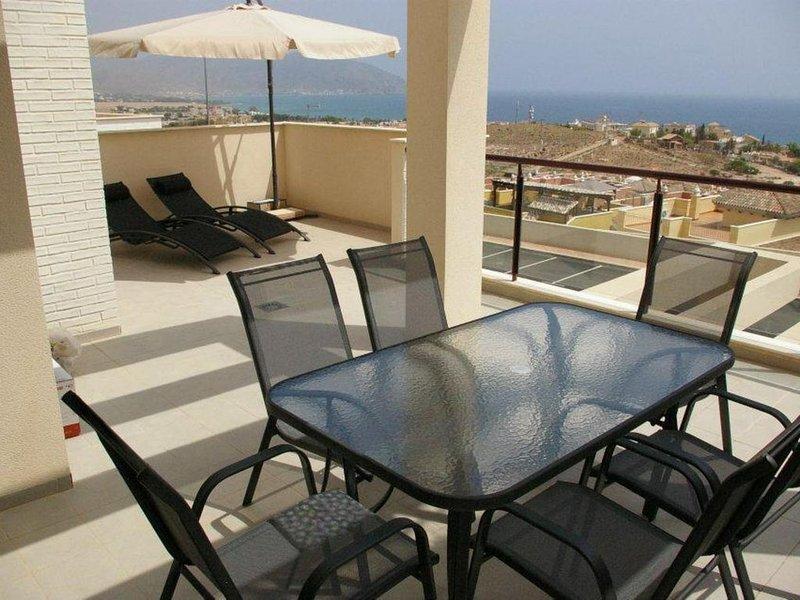 MH40: Modern 2 bed 1 bath apartment near beach, Mojon Hills, Isla Plana, vacation rental in Isla Plana