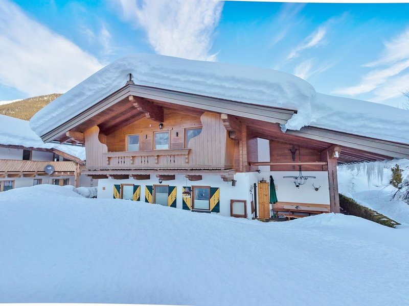Quaint Holiday Home Tyrol with Garden – semesterbostad i St. Ulrich am Pillersee