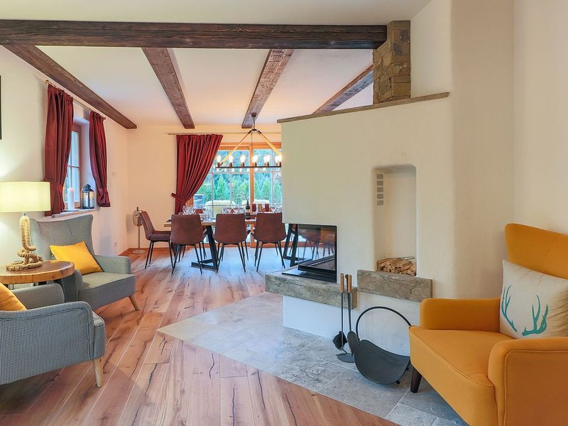 Luxurious Villa in Tyrol near the Lake, vacation rental in Bad Häring