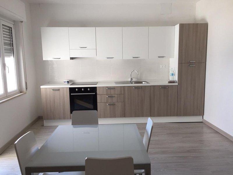 Appartamento sul mare, holiday rental in Caminia