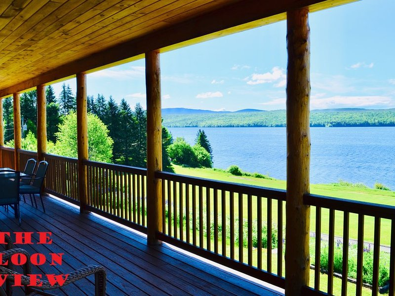 Lake Francis Cabin in the heart of snowmobile country, Pittsburg NH, holiday rental in Pittsburg