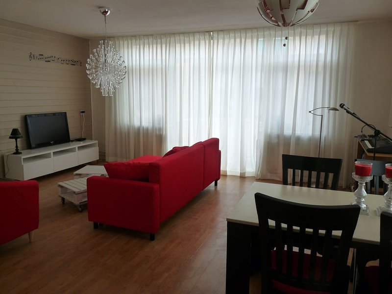 2 kamer appartement op 20 min van Amsterdam, holiday rental in Naarden