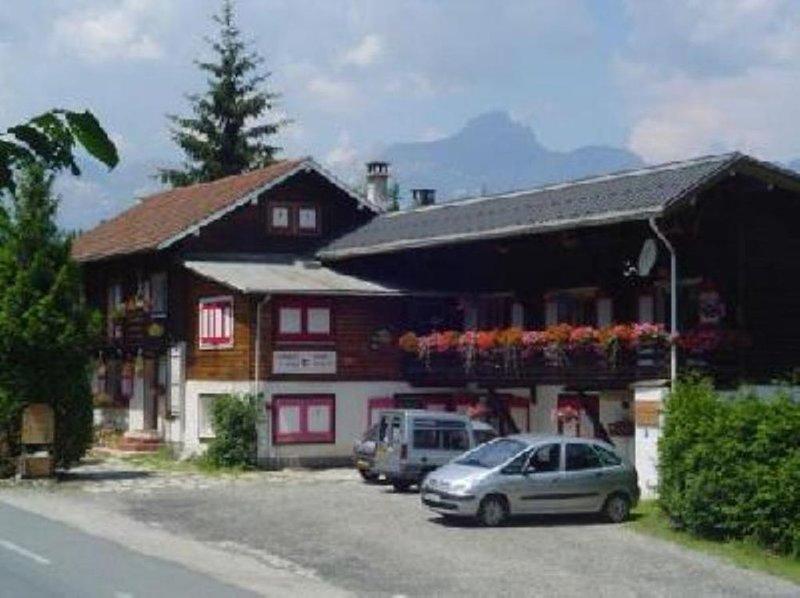 Appartement tout confort dans chalet - 2 à 4 meublé tourisme UD74-2306, location de vacances à Saint-Gervais-les-Bains