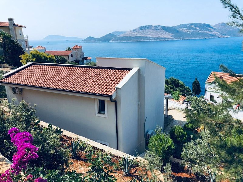 New on Homeaway, Villa Oliva, new Seaview poolvilla with olive garden, holiday rental in Kas